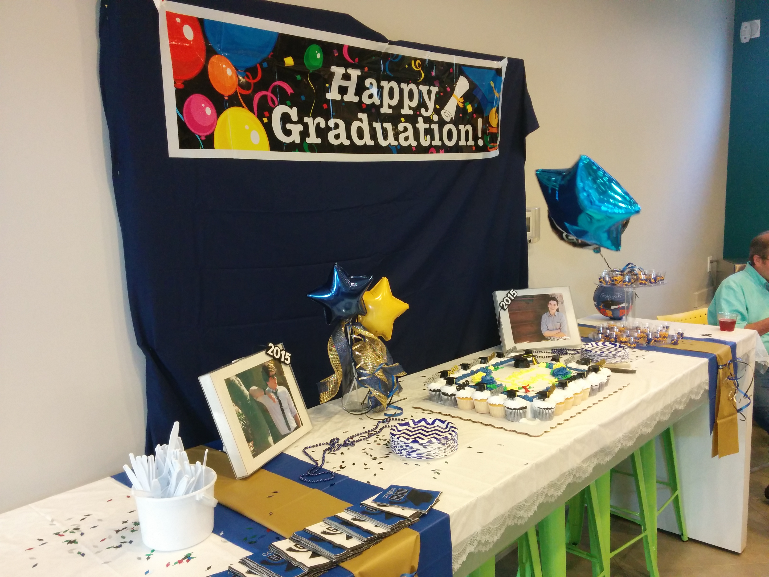 Joshua's Graduation Party Cake Table